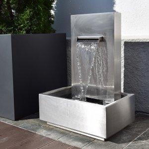 terrassenbrunnen wasserfall edelstahl aquafall revisage. Black Bedroom Furniture Sets. Home Design Ideas