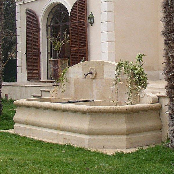 Gartenbrunnen Wandbrunnen Naturstein Gordes Revisage